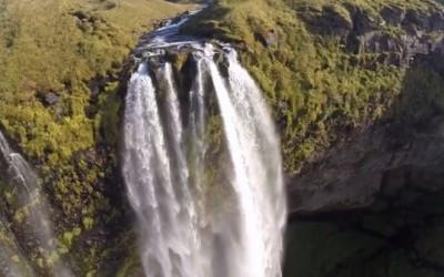 VIDEO : Des images de cascades à couper le souffle vues de drone